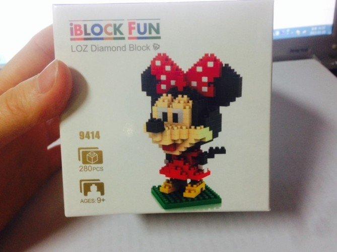 Review LOZ Diamond Blocks Model 9414-Mickey Mouse-1