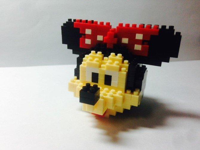 Review LOZ Diamond Blocks Model 9414-Mickey Mouse-9