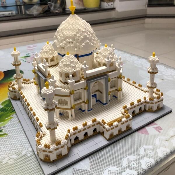 BS 9914 Large Taj Mahal Palace