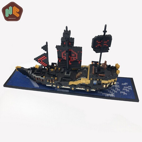 HC 9033 Black Pearl Pirate Ship Boat One Piece Brickheadz