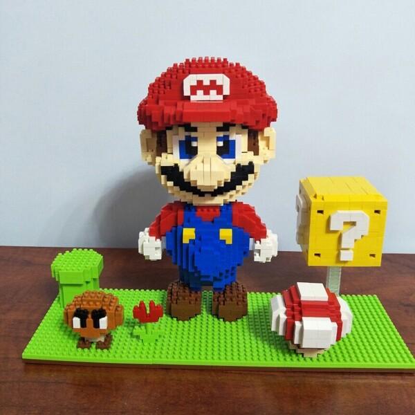 HC 1030 Super Mario Goomba Coin And Mario Brickheadz