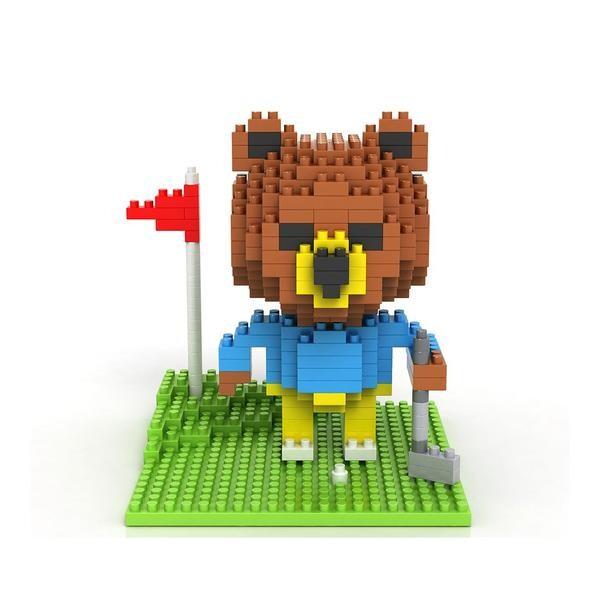 LOZ 9427 Bear Golfing