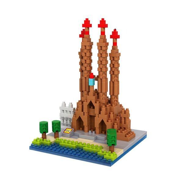 LOZ 9382 Sagrada Familia