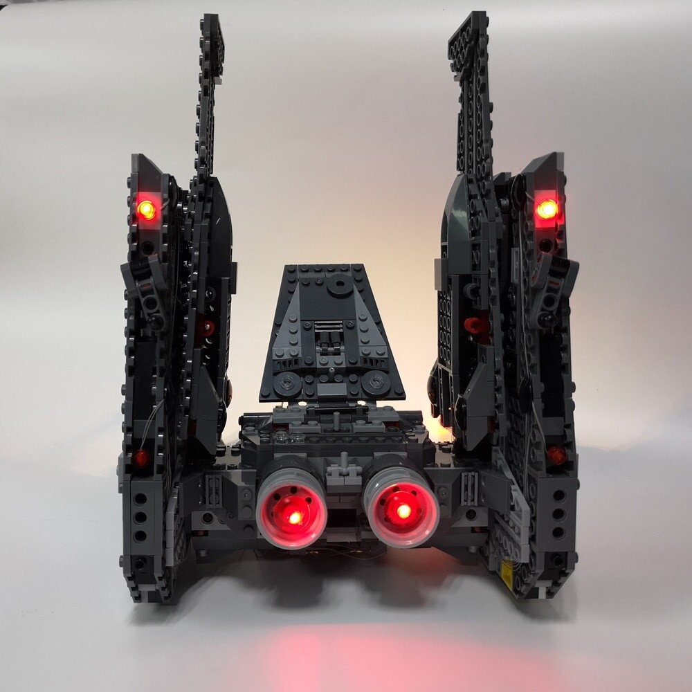 Basic Version LED Light Kit For LEGO 75104 the Kylo Ren Command Shuttle Compatible With LEPIN 05006 (Only Light Set)Kits