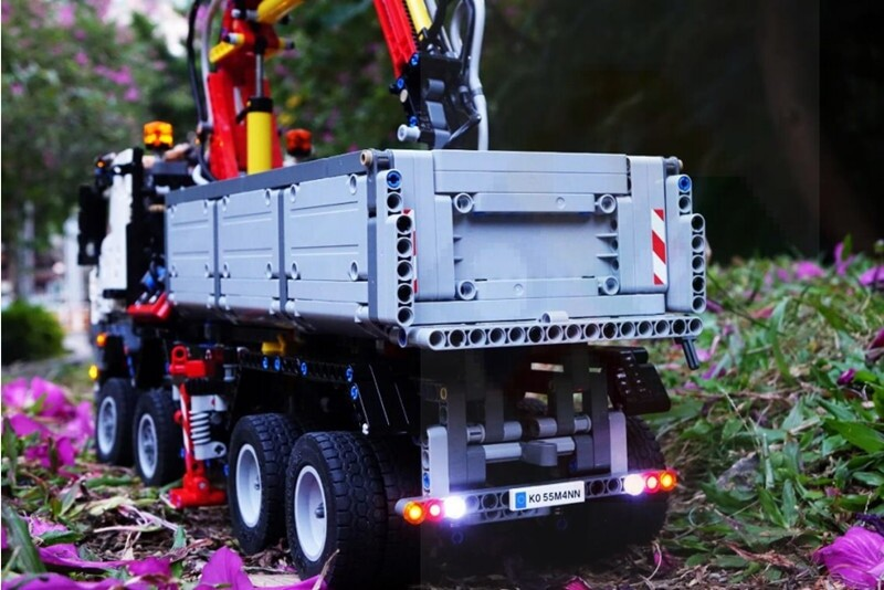 Basic Version LED Light Kit For LEGO 42043 Technic The Arocs Truck Compatible With LEPIN 20005 (Only Light Set)Kits