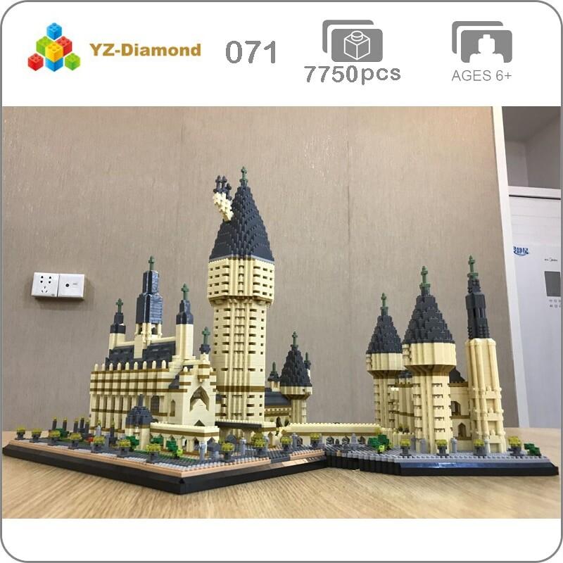 YZ 071 Large Medieval Castle