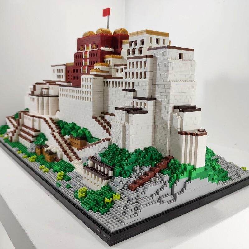 ZPX 9922 The Potala Palace Of Lhasa Brickheadz