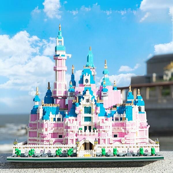 Lezi 8025 Pink Dream Garden Castle Amusement Park