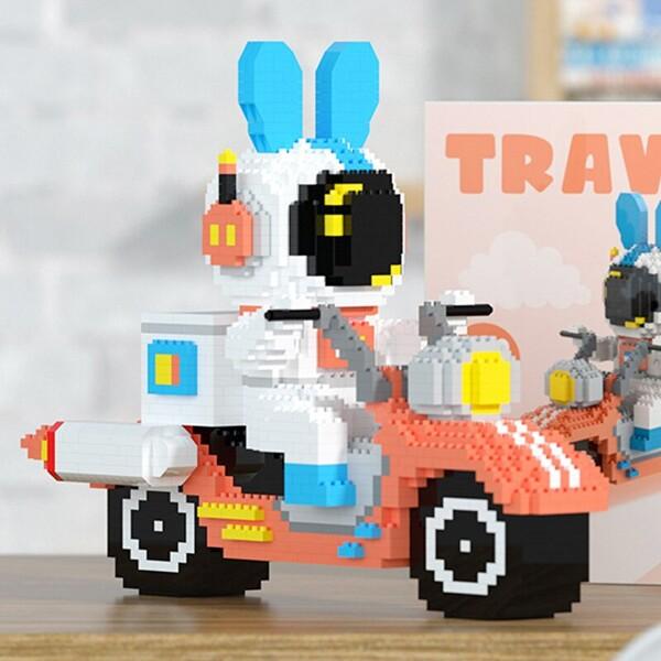 HC Magic 6004 Rabbit Astronaut Rocket Motorcycle