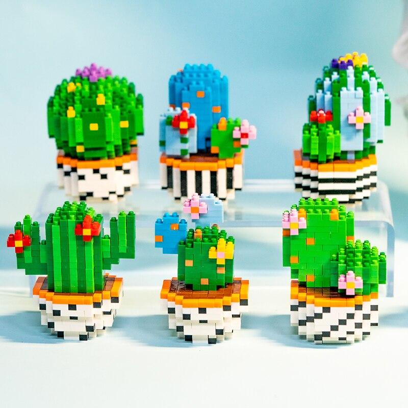 SC 8811 Desert Cactus Flower